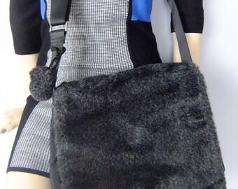 fun fur purse / messenger bag / cross body bag / faux fur