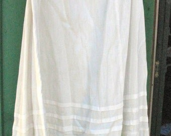 Long Victorian White Slip