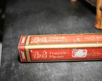 Vintage Medical Tin, Vintage Tin, Home Decor, Old Tin, Thapsia Plaster, Bauer & Black, Red Decor