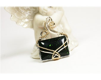 Emerald Jewelry / Green Goldstone / Emerald Pendant
