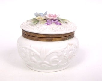 Vintage Trinket Jewelry Box Pin Box Andrea by Sadek Made in Japan Round Hinged Porcelain