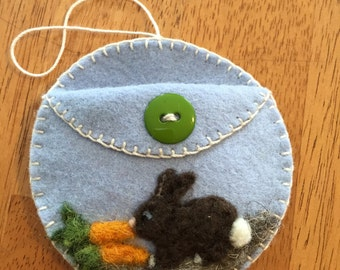 Needle Felted Easter Bunny Circle Pocket Ornament
