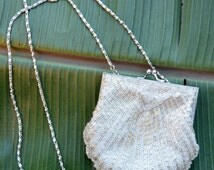 Vintage White Beaded Shell Clutch Purse