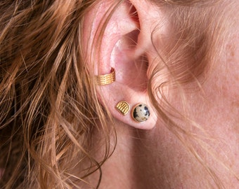 Benchmark Ear Cuff / 14k gold vermeil / modern minimal ear party