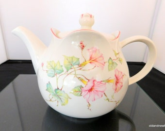 Sadler Windsor Teapot, White and Pink Flower Teapot, English Porcelain, Made in England
