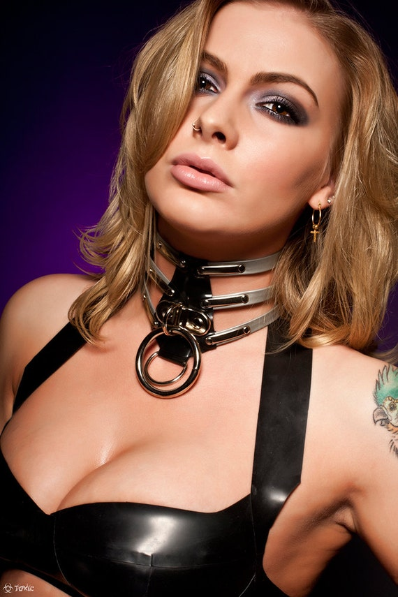 Cage style PREDATOR Latex Rubber Collar With Lock  (--Made to Order--)