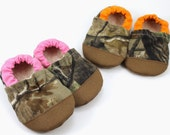 hunters camo baby shoes pink hunters camo and orange shoes toddler shoes rubber toe shoes soft sole shoes hunting baby booties toddler camo