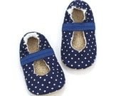 LAST PAIR 18-24 mos // baby mary janes, baby girl shoes, navy blue mary jane baby shoes polka dot booties, elastic baby shoes for girl