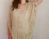 vintage 1970s beige crochet fringe poncho