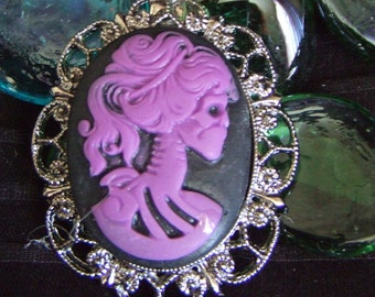 Purple and Black lolita zombie girl Cameo long  purple double intertwined chain necklace