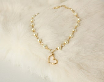 Flower Girl Gift - Gold Heart - Pearl Necklace - Flowergirl Necklace - Charm Necklace - Annabelle