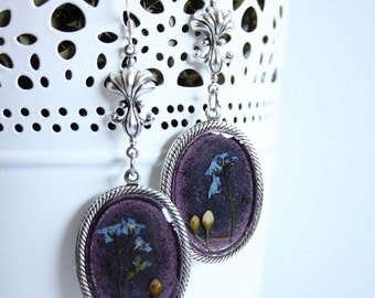 Crystal resin earrings with forget-me-not flowers, silber covered quality findings and sterling silber wires