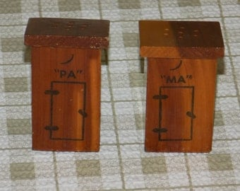 Vintage Ma and Pa Outhouse Salt & Pepper Shakers