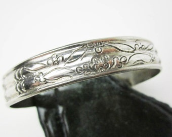 Chinese Wedding Bracelet 1890s, Lotus & Floral Hand Engraved Cuff/ Bangle, 900 Silver Chinese Chop Marks, For China Consumption