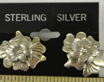 "Sterling Silver 925 Delightful Floral Post Earrings 1"" Long #6010"