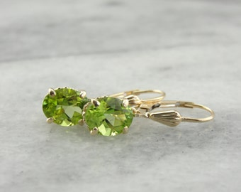 Lovely Leo, Lime Green Peridot Earrings  K3UMJ6-D