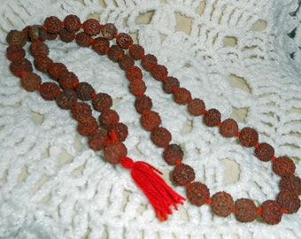 Vintage Seed Necklace (B 527)