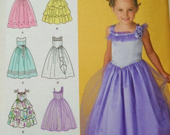 Simplicity Sewing Pattern 2463 Girls Dress in Size 3-6. Bridal Dress, Flower Girl Dress, Princess Dress, Girls Party Dress, Formal Dress