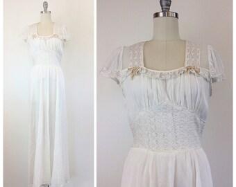 40s Nylon White Flutter Sleeve Wedding Dress / 1940s Vintage Lace and Velvet Ribbon Trim Floor Length Bridal/ Night Gown / Medium / Size 6