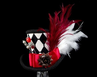 Queen of Hearts – Black, White, and Red Harlequin Empress Collection Large Mini Top Hat, Alice in Wonderland, Mad Hatter Tea Party, Derby