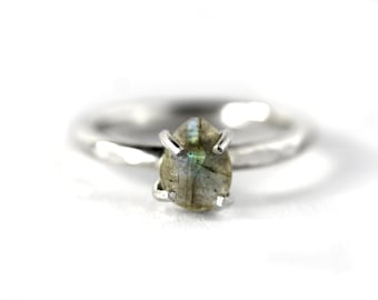 Rose Cut Labradorite Stacking Ring - Labradorite Ring - Labradorite Solitaire Ring