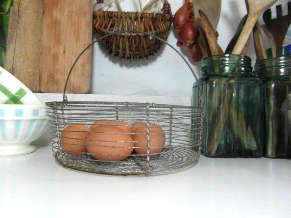 Cestello con maniglia francese annata utensili da cucina for Country francese arredamento