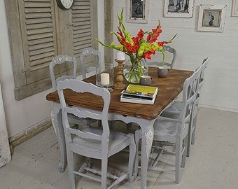 Rustic shabby chic dining table with 8 by thetreasuretroveuk for Rustic shabby chic dining table
