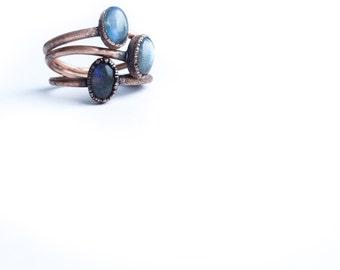 Labradorite ring | Simple stone stacking ring | Blue Labradorite stacking ring | Raw mineral Jewelry | Organic stone jewelry | Stacking ring