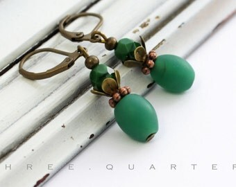 Earrings, green, dark green, wedding, bridesmaid, bridal jewelry, bridal, gift, vintage, romantic, cute, antique bronze