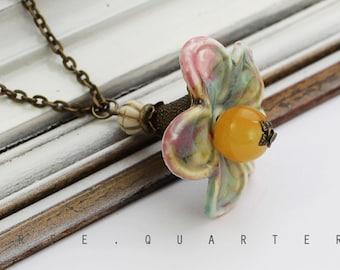 Necklace, flower, hippies, ethno, look, vintage, antique bronze, pastel, pink, yellow, blue, romantic, porcelain, chain, cute, sweet
