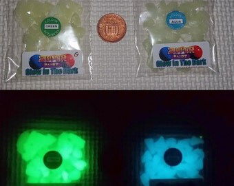 25g Glow in the dark Green \ Aqua glass chips for Jewellery craft making