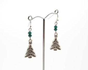 Green crystal Christmas tree earrings, Christmas tree earrings, crystal earrings, handmade earrings, winter earrings, Christmas tree