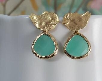 Gold Bird Earrings, Mint Teardrops, Mint Green Crystals, Garden Wedding, Turquoise Earrings, Love Birds, Dove Stud Earrings, BFF Gift, E2437
