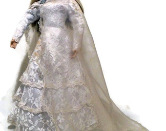"""Snow Queen House of Lloyd 1994 20"""" Collectible Doll"""