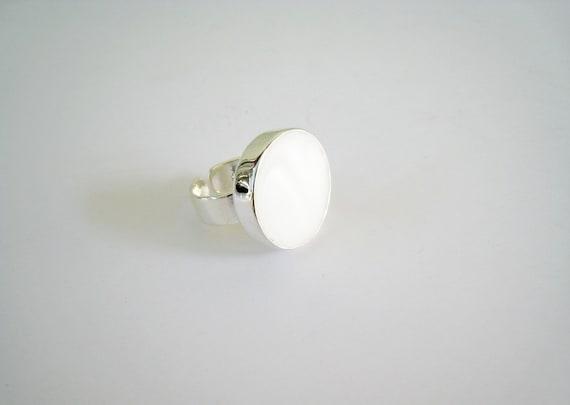 White resin ring, white glass ring, white round ring, modern minimalist white ring, big chunky solitaire ring, alternative bridal jewelry