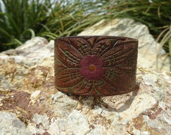brown leather cuff bracelet/upcycled leather cuff/womens bracelet/leather jewelry/girls bracelet/leather flower cuff/flower bracelet/C149