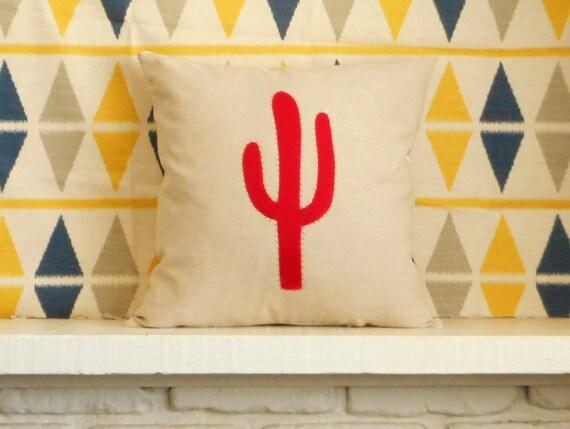 Cactus Pillow / Cactus art / Custom / desert decor / southwestern pillow / desert art / cactus applique / decorative throw / unique gift