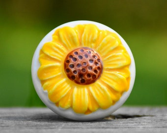 Yellow white sunflower/flower/floral/ceramic knob/cabinet drawer pull/beautiful/decorative furniture hardwar improvement/fun/unique