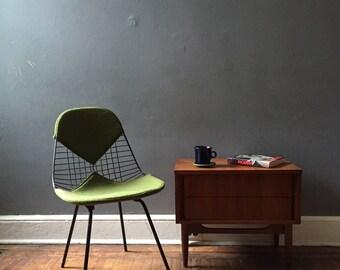 Mid century modern chair Eames wire chair Herman Miller Midcentury modern lounge chair
