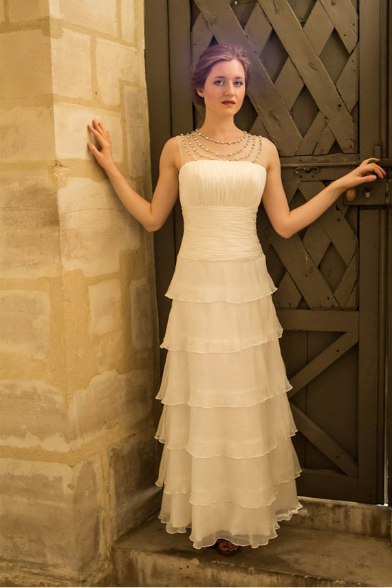 Simple tiered wedding dress with ruffles vintage 1920s for Vintage wedding dresses paris
