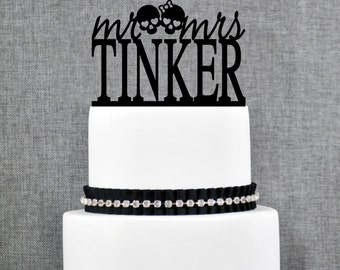 Mr and Mrs Skulls Last Name Wedding Cake Topper, Unique Personalized Wedding Cake Topper, Custom Mr and Mrs Wedding Cake Toppers - (T271)
