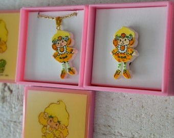 NOS Vtg Strawberry Shortcake Jewelry Your Choice Pendant Necklace or Pin Lemon Meringue Yellow Blonde Kawaii Jewelry 1980s 80s Cartoon Girls