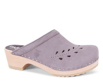 Handmade Clogs for Womens / Womens Slippers / Mules / Nurse Gift / Womens Slippers / Summer Shoes / Handmade Sandal / Sandgrens / Seoul
