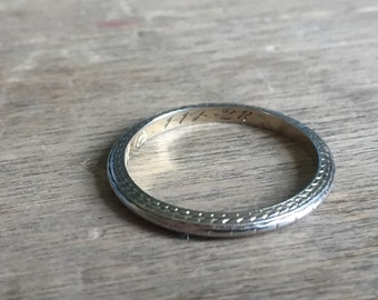 1920's 18K white gold wedding band