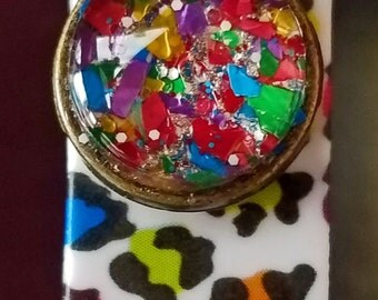 Bright Multi-colored Confetti Glitter round cabochon Band-bling charm for Disney Magic Bands or a Fitness Tracker Bands!