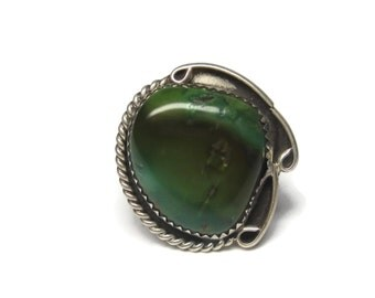 Vintage Southwestern Green Turquoise Ring Sterling Size 9