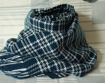 Handwoven dark blue cell scarf
