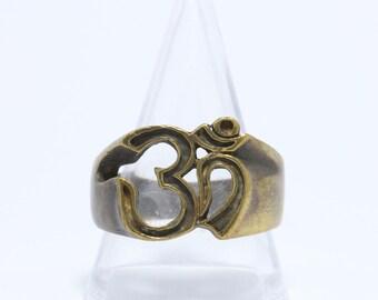 Thai Amulet Ring  Om Hindu  Brass Talisman, Power Luck Rich.(U.S. Size : 10)