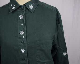Forrest Green + White Vintage Long Sleeve Button Down / Snowflakes / Womens Medium / Christopher & Banks