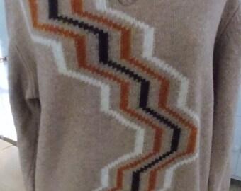SALE Vintage Lambswool Patterned V Neck Sweater Unused